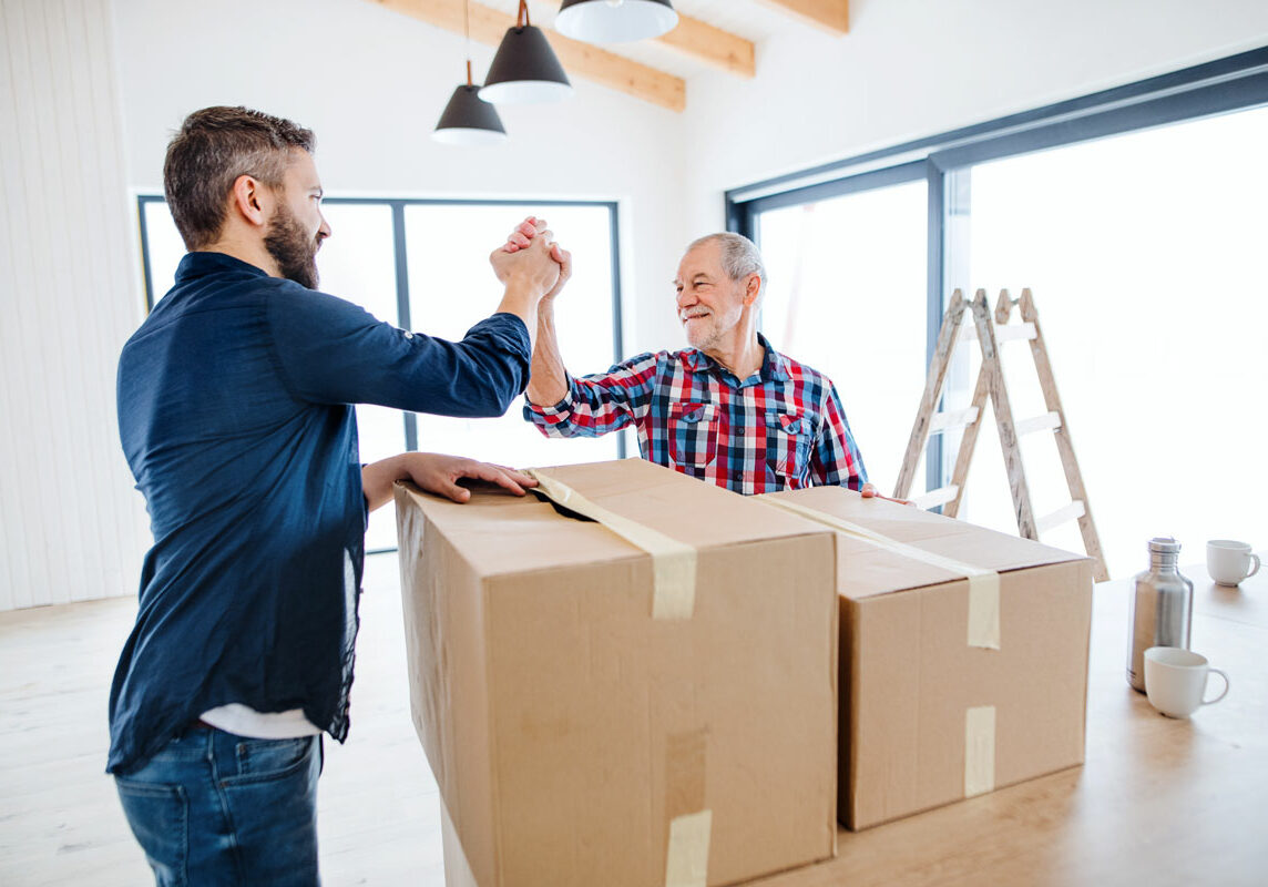Moving and Packing/Downsizing Specialist Helps you organize and tackle your packing in manageable steps on a room by room basis